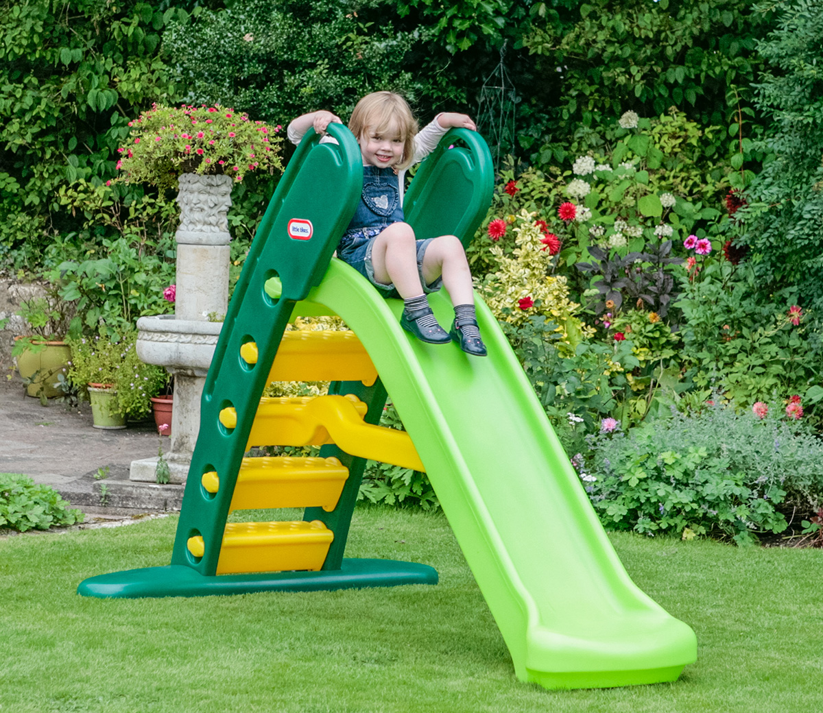 The Little Tikes Easy Store Giant Play Slide features easy steps for climbing, a gentle slope, and a wide base for stability. Set this slide in your backyard and let your little one enjoy the fun of /5(10).