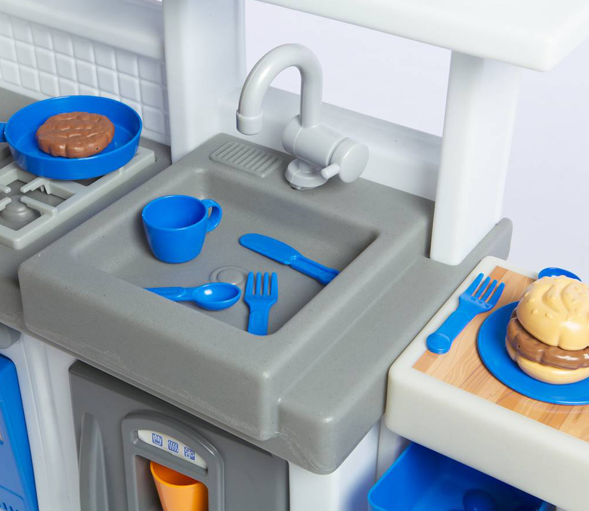 Ultimate cook kitchen little tikes for Ultimate kitchen